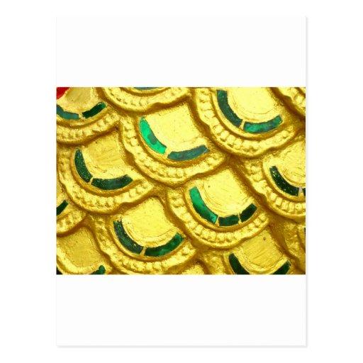 Tejas adornadas del oro del templo tailandés tarjeta postal