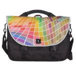Tejas coloreadas en un modelo ondulado bolsas de ordenador