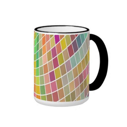 Tejas coloreadas en un modelo ondulado tazas