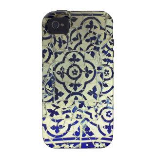 Tejas de mosaico de Guell del parque de Gaudi Barc Case-Mate iPhone 4 Fundas