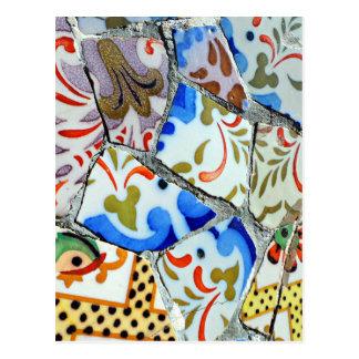 Tejas de mosaico de Guell del parque de Gaudi Postales