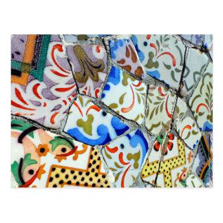 Tejas de mosaico de Guell del parque de Gaudi Tarjetas Postales