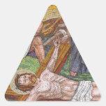 Tejas de mosaico de la crucifixión del Jesucristo Calcomanías De Triangulos Personalizadas