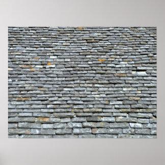 Tejas de tejado envejecidas de pizarra con los liq poster