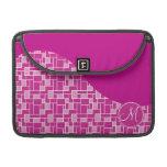 Tejas púrpuras rosadas magentas de la inicial de e funda para macbooks