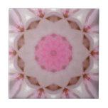 Tejas rosadas especiales del diseño floral