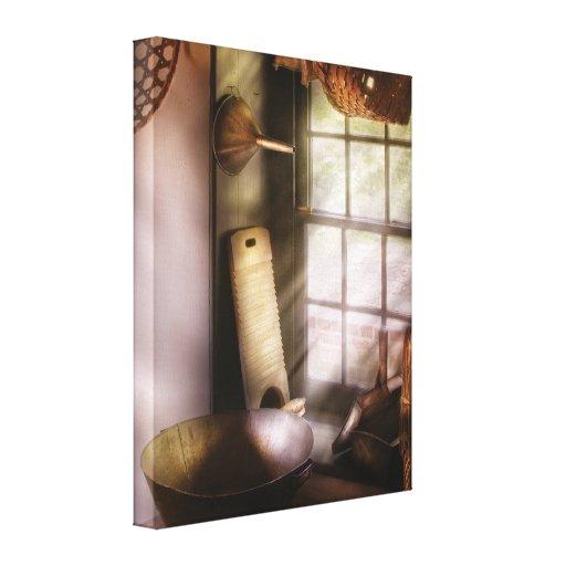 Tejedor - en una casa de los fabricantes de cesta lona envuelta para galerias