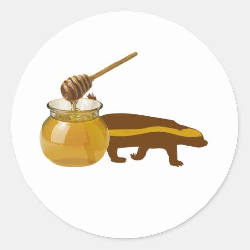 tejón de miel pegatina redonda