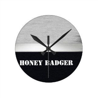 Tejón de miel reloj redondo mediano