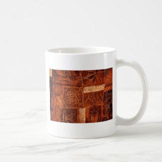 tela anaranjada del remiendo taza básica blanca