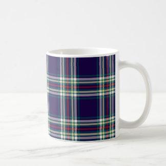 Tela escocesa azul marino del vintage taza básica blanca