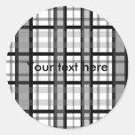 Tela escocesa blanco y negro moderna pegatina redonda