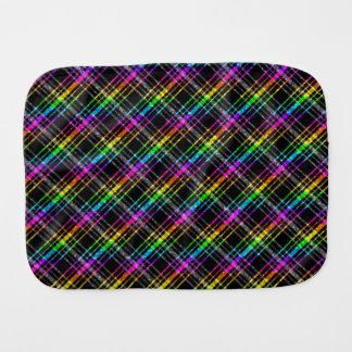 Tela escocesa de neón del arco iris en negro paños de bebé