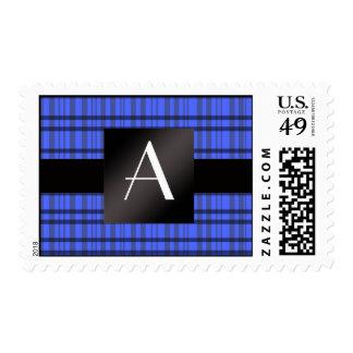 Tela escocesa del azul del monograma sellos postales