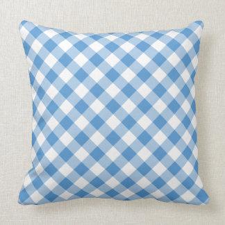 Tela escocesa diagonal azul clara y blanca clásica cojín decorativo