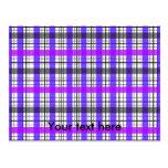 Tela escocesa púrpura y blanca violeta retra postales