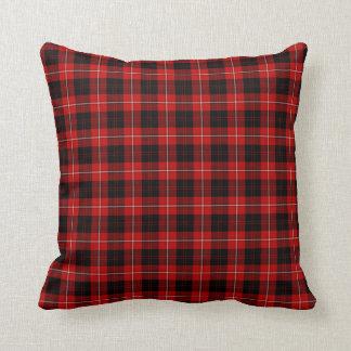 Tela escocesa roja, blanco y negro del escocés de cojín decorativo