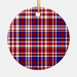 Tela escocesa, rojo, blanco, Coll azul. ornamento Adorno Navideño Redondo De Cerámica