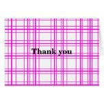 Tela escocesa rosada moderna en el fondo blanco tarjeta