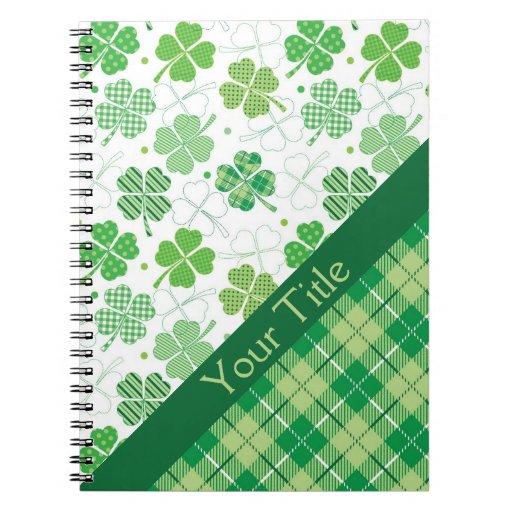 Tela escocesa y tréboles verdes cuaderno