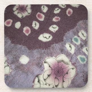 Tela púrpura dulce del kimono posavasos de bebida
