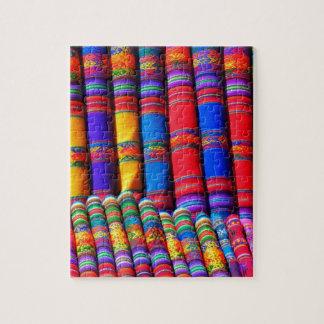 Telas coloridas intrépidas rompecabezas con fotos