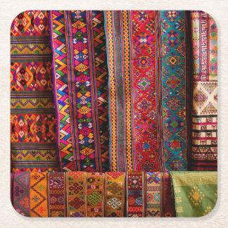 Telas de Bhután para la venta Posavasos De Cartón Cuadrado