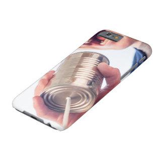 Teléfono de la lata funda de iPhone 6 barely there