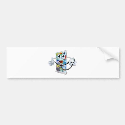 Teléfono del dibujo animado que sostiene un esteto etiqueta de parachoque