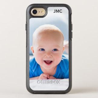 Teléfono protector de la foto con el monograma funda OtterBox symmetry para iPhone 7
