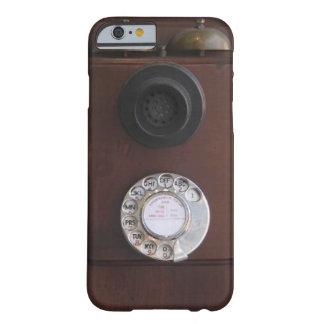 Teléfono retro funda de iPhone 6 barely there
