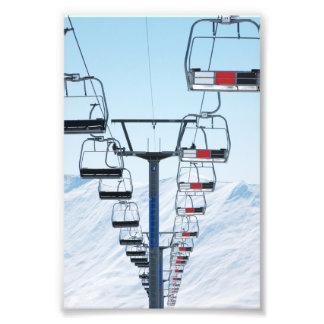 Telesillas del parque del esquí fotografía