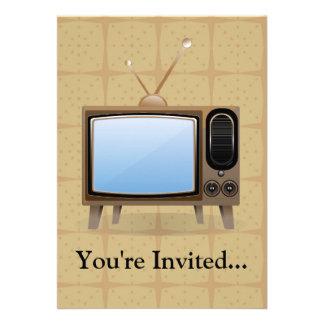 Televisión vieja del piso del vintage comunicados personales