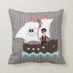 Tema afable del pirata de los niños de la nave almohada