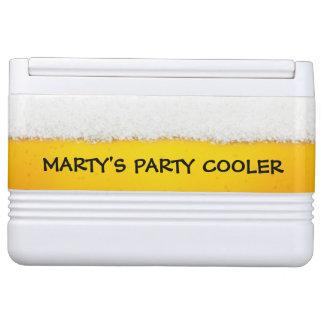 Tema de la cerveza del monograma refrigerador igloo