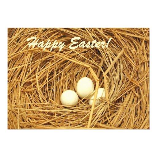 Tema de Pascua con tres huevos Comunicado