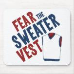 Tema el chaleco del suéter alfombrilla de ratón