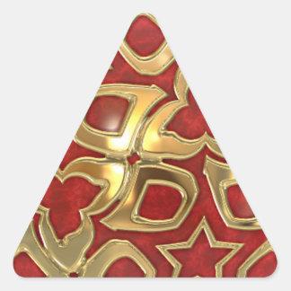 Tema festivo del navidad en rojo y oro calcomania de triangulo