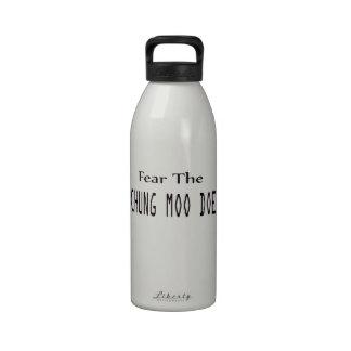 Tema la gama del MOO de Chungkin Botella De Agua