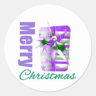 Tema púrpura Giftbox de las Felices Navidad Pegatina Redonda