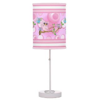 Tema rosado del cuarto de niños del búho el | del lámpara de mesilla de noche