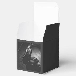 Temático negro, un negro del auricular en color es cajas para regalos