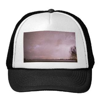 Tempestad de truenos del relámpago del lago terry gorros