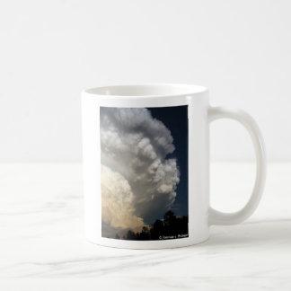 Tempestad de truenos sobre Nebraska Tazas De Café