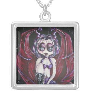 Tempestad Gothie del collar de la fantasía de Kryp
