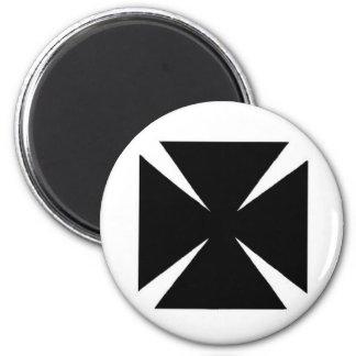 Templar Cross 2 Inch Round Magnet