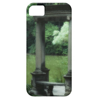 Temple of Love at the Old Westbury Gardens iPhone SE/5/5s Case