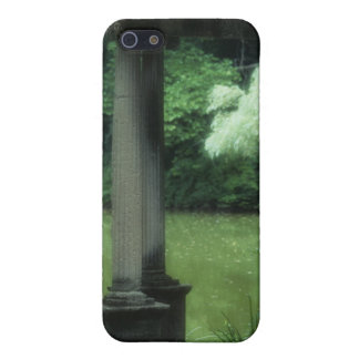 Temple of Love at the Old Westbury Gardens iPhone SE/5/5s Cover