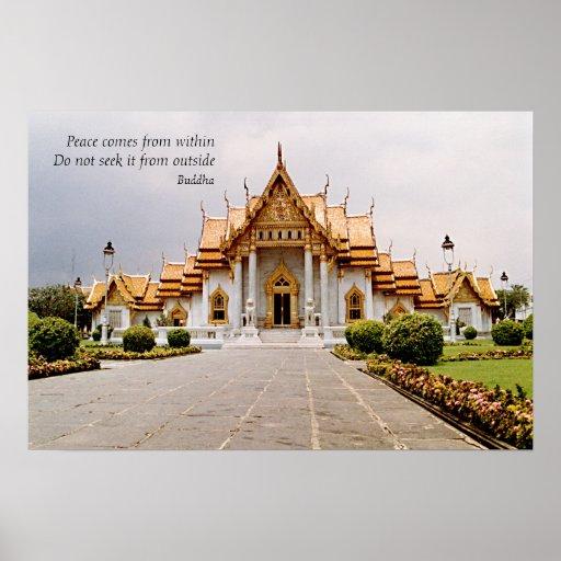 Templo budista de mármol del oro con paz póster