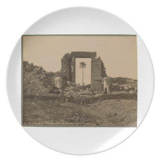 Templo de Amenophis, Egipto circa 1867 Platos Para Fiestas